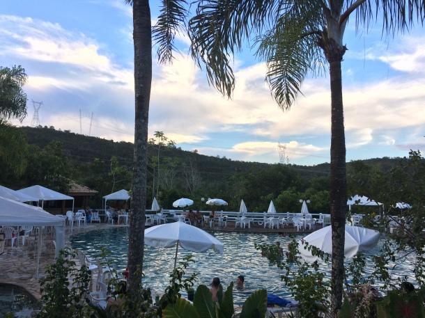 blog-vem-comigo-viagens-e-gastronomia-luiza-menezes-balneário-thermas-cachoeira-da-fumaça-fim-de-tarde