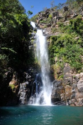 Mergulho na Cachoeira da Serra Azul – MatoGrosso