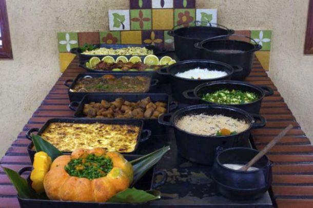 almoço-regional-recanto-ecológico-rio-da-prata-site-bonito-notícias-foto-Daniel-De Granvile