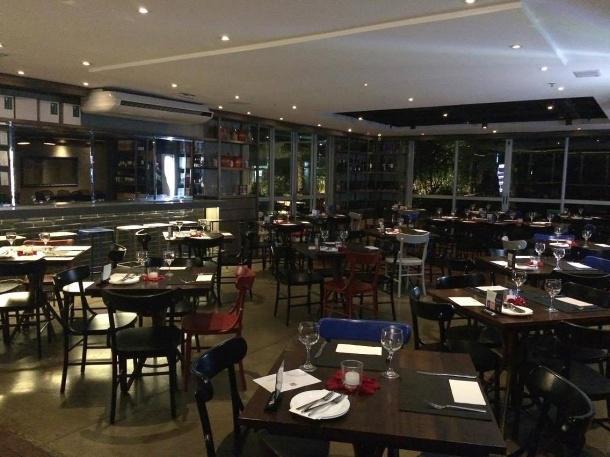 blog-vem-comigo-viagens-e-gastronomia-luiza-menezes-PPKB-kitchen-_-bar-ambiente
