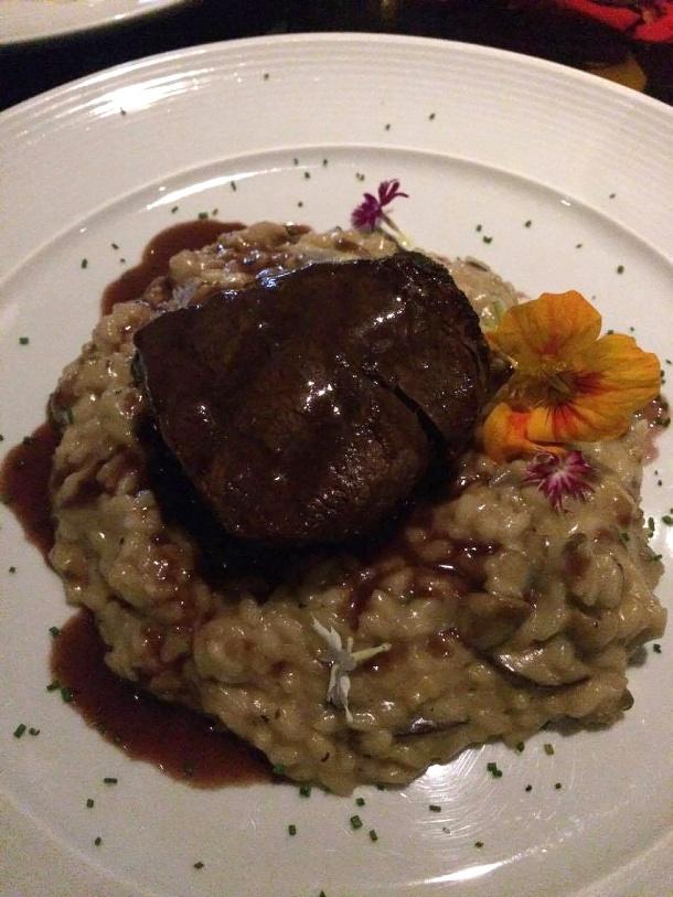 blog-vem-comigo-viagens-e-gastronomia-luiza-menezes-PPKB-kitchen-_-bar-dia-dos-namorados-filé