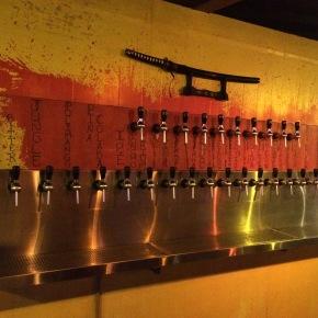 Quentin's: pub temático inspirado em Quentin Tarantino e nos seusfilmes