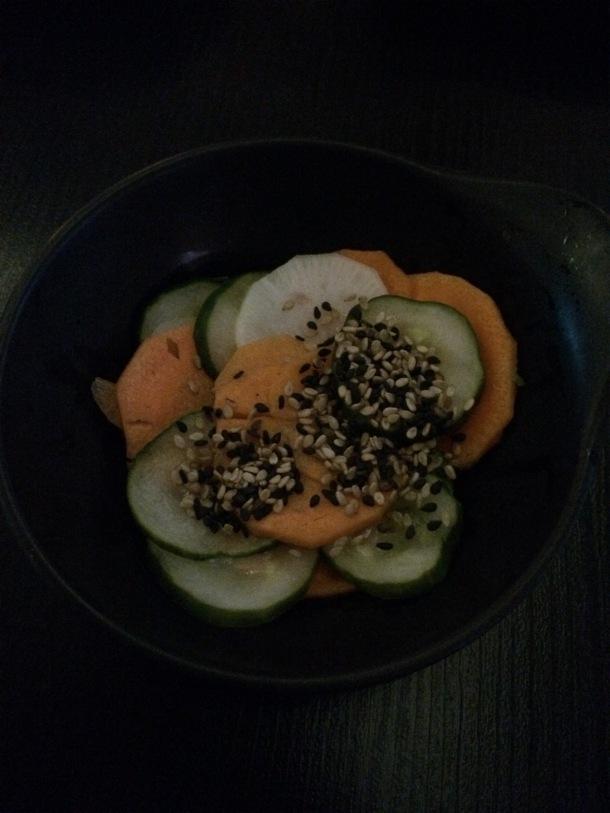 Blog-vem-comigo-viagens-e-gastronomia-luiza-menezes-porto-alegre-restaurante-hadouken-sushi-bar-salada-sunomono