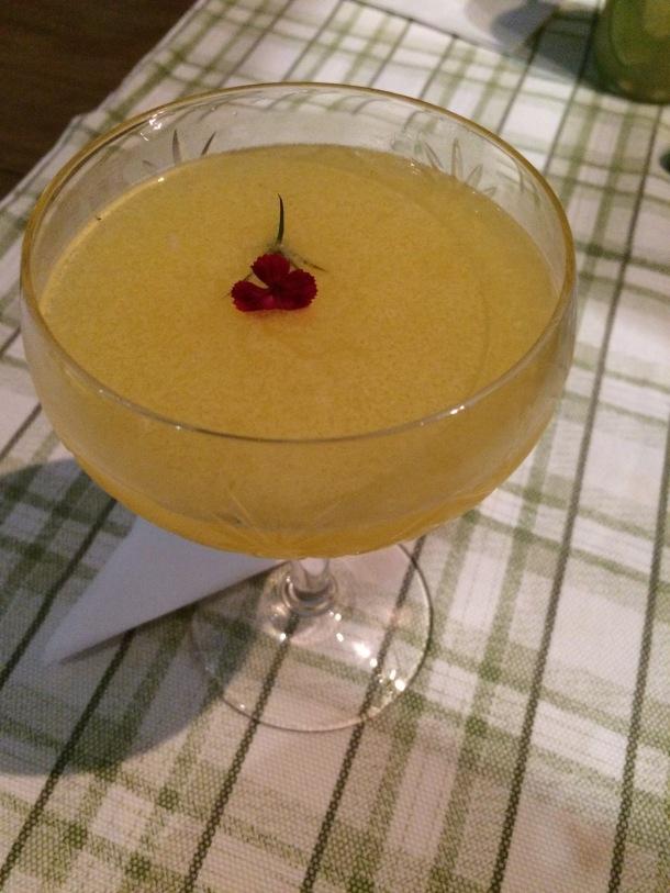 Blog-vem-comigo-viagens-e-gastronomia-luiza-menezes-porto-alegre-olivos657-drink-Pisco-Passion