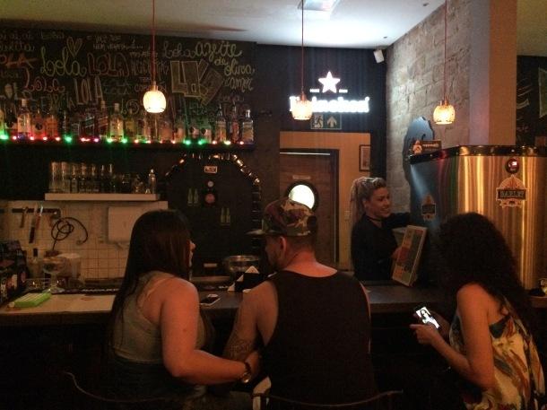 Blog-vem-comigo-viagens-e-gastronomia-luiza-menezes-porto-alegre-Lola-bar-de-tapas-bar