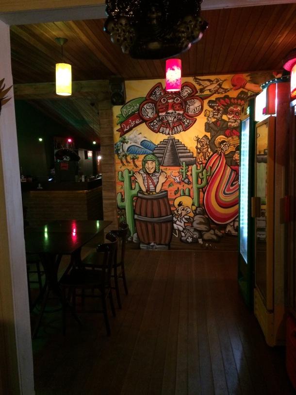Blog-vem-comigo-viagens-e-gastronomia-luiza-menezes-porto-alegre-nacho-libre-comida-mexicana-ambiente-chaves