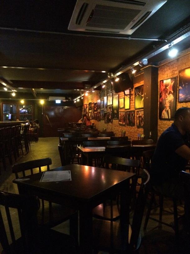 Blog-vem-comigo-viagens-e-gastronomia-luiza-menezes-quentins-ambiente-terça