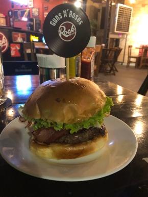 Rock Burger Cuyabá: para a família e amigos curtirem o melhor hambúrguer dacidade
